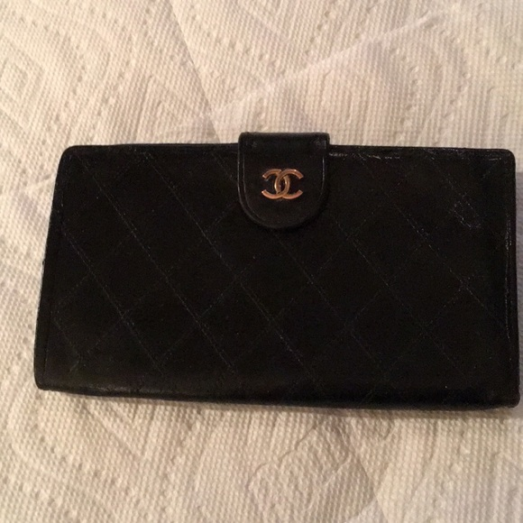 4a61fc479dad CHANEL Handbags - Black Chanel wallet